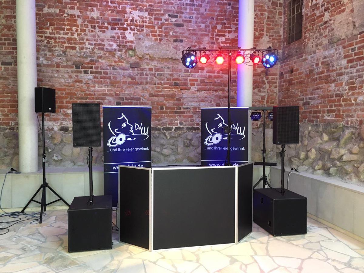DJ Lu - Bühne